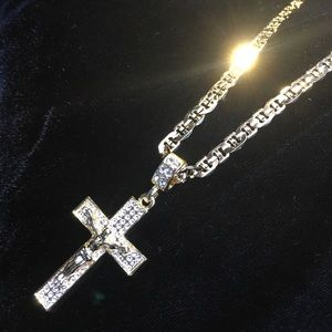 Other - CROSS 18K GOLD DIAMONDS CZ CHAIN MADE IN ITALY